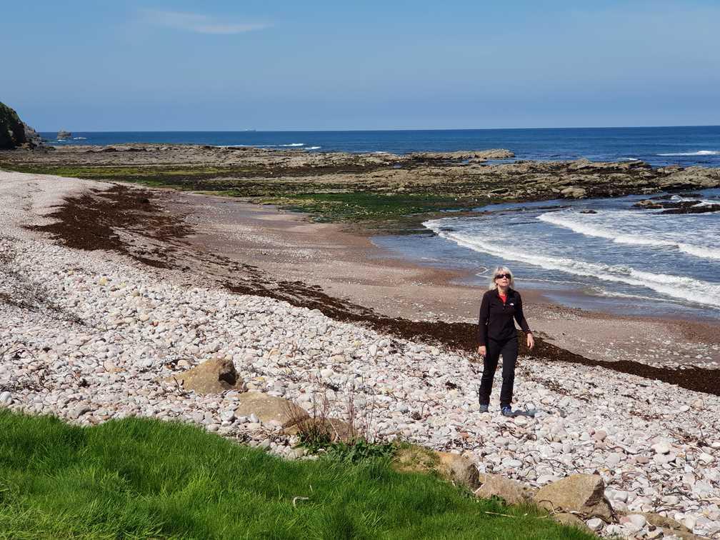 Aberdour on the sea shore