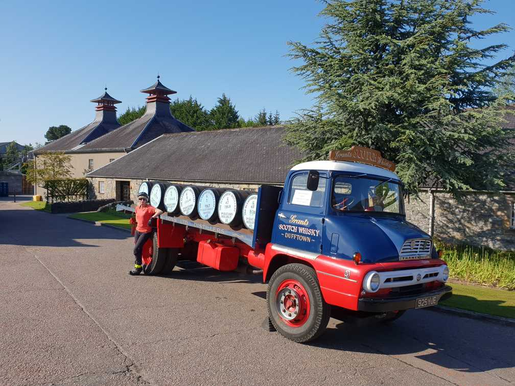 The old fashioned barrel lorry outside the Glenfiddich Distillery