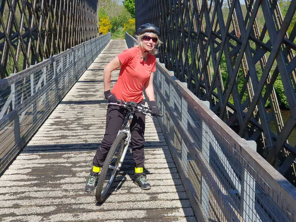 Using an e bike to explore is one of the benefits of electric bikes