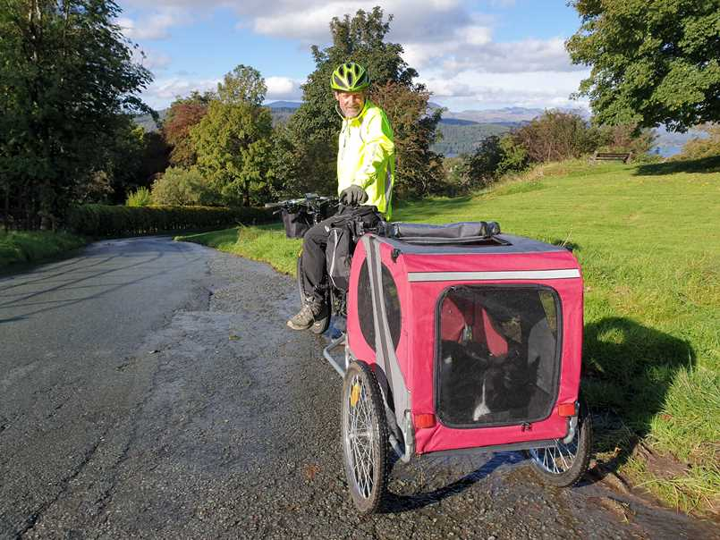Transporting our border collie, one of the benefits of an electric bike