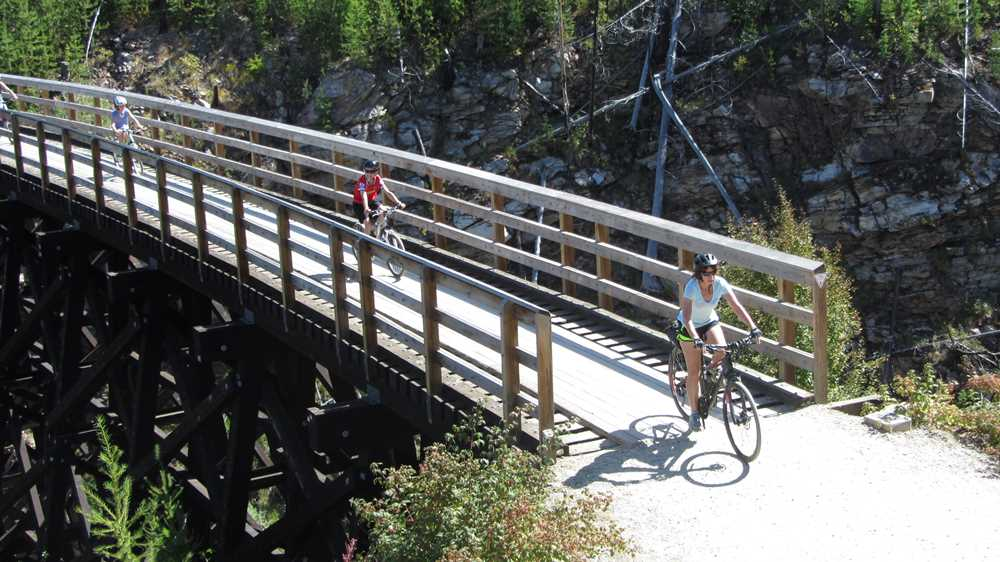 Cycling on Kettle Valley Railway