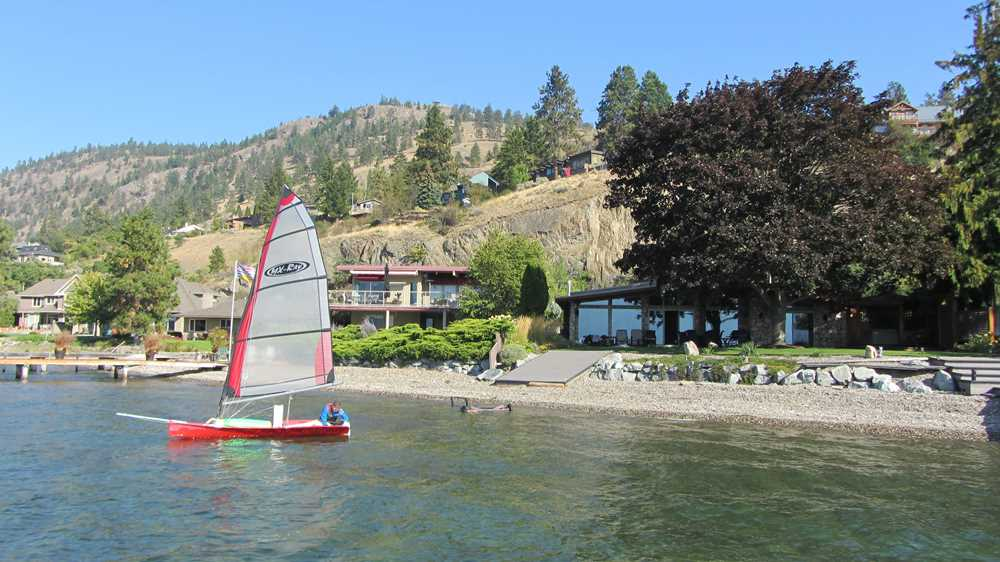 What to do in Kelowna? Sailing!