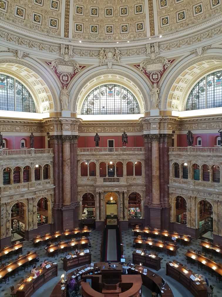 The main reading room in the National Library of Congress