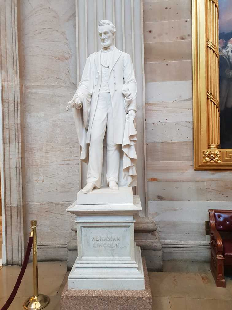 Statue of Abraham Lincoln in The Capitol