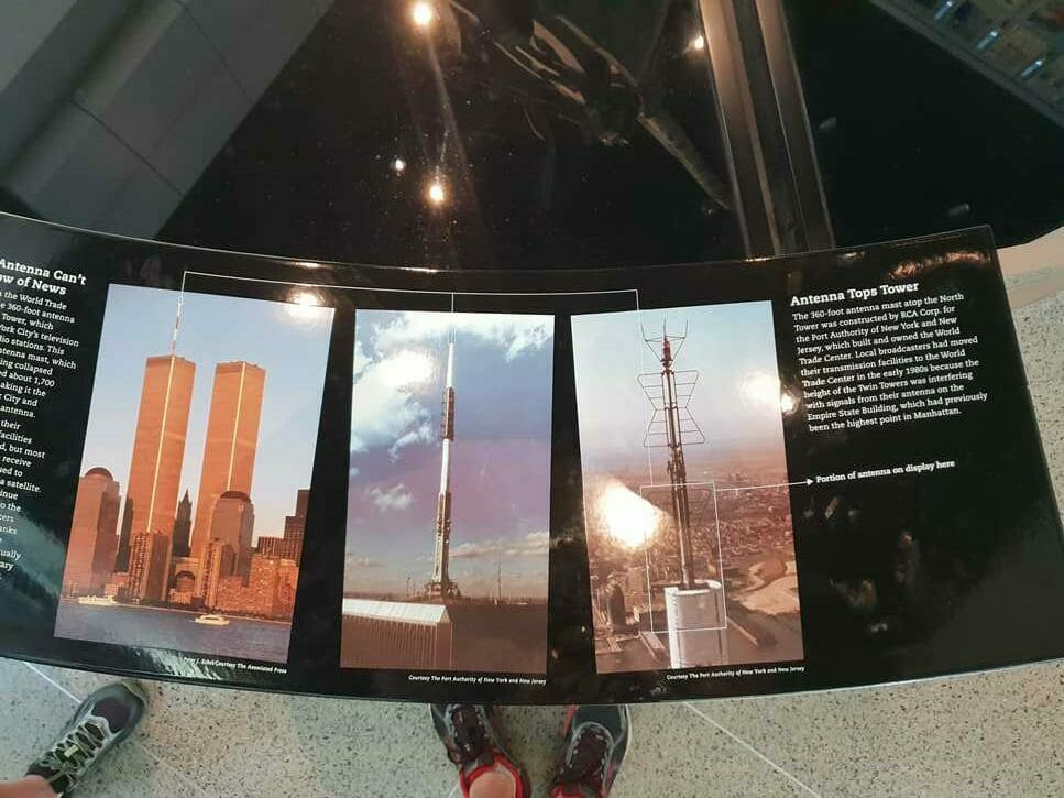 Photographs of the antenna as it used to be atop the Twin Towers