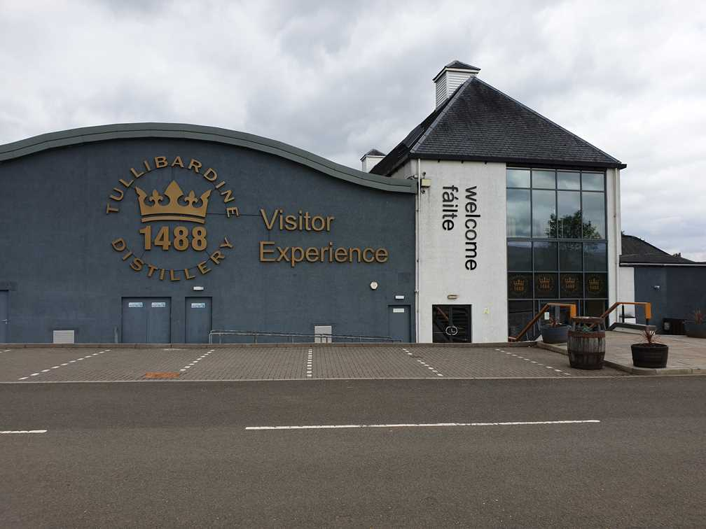 The visitor centre at Tullibardine Whisky Distillery