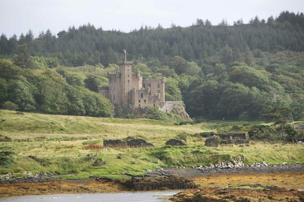 Another thing to see on Skye: Dunvegan Castle