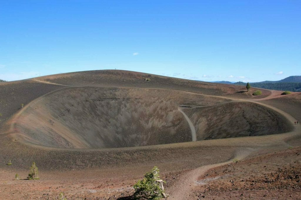 The crater at the top of the cinder cone on Lassen Volcanic NP