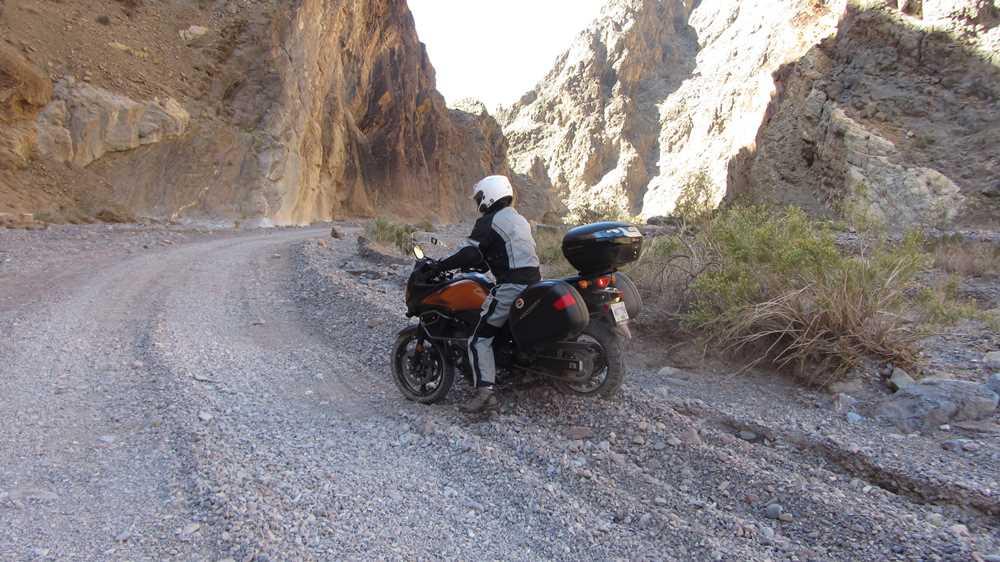 Titus Canyon - deep gravel