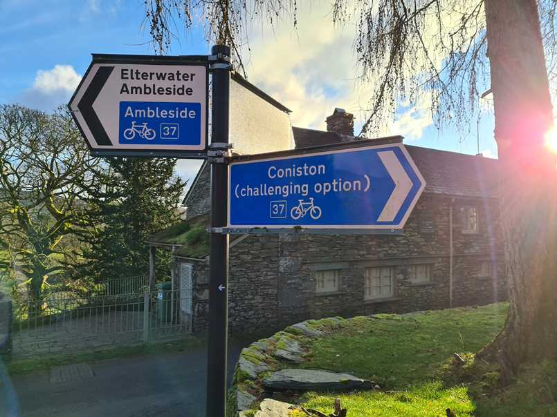 Signpost near Elterwater