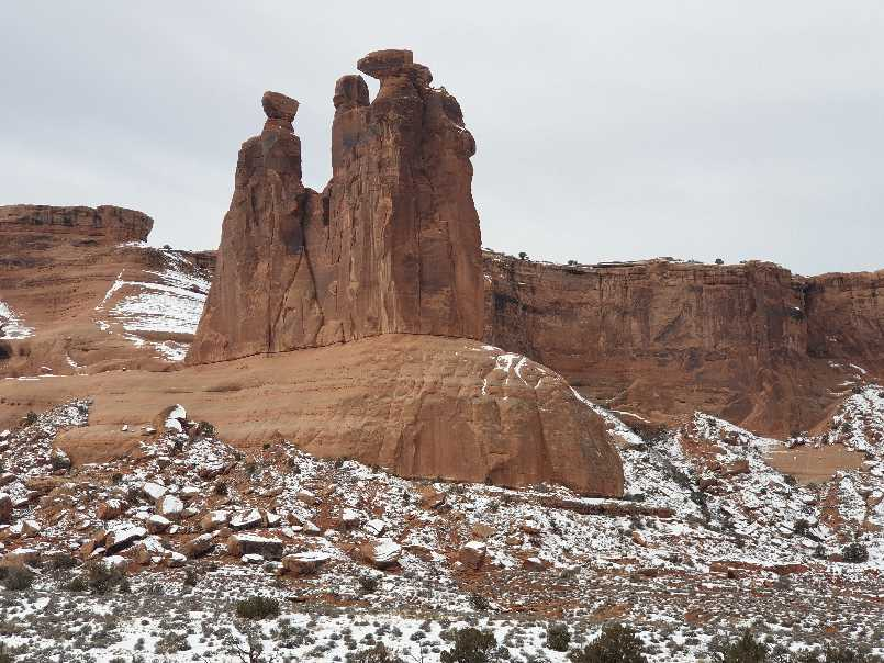 The three gossips rock formation on one day in Arches National Park