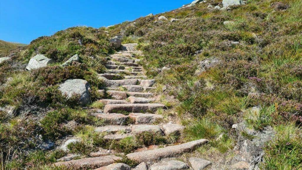 Steps on Lochnagar trail